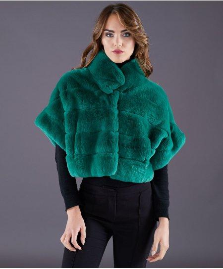 Jacke aus Kaninchenfell in kurzämlig • grüne Farbe