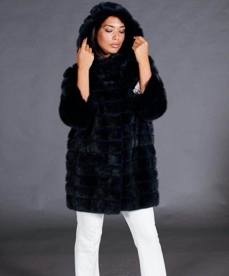 Mantel mit Nerzpelzkragen  • blau
